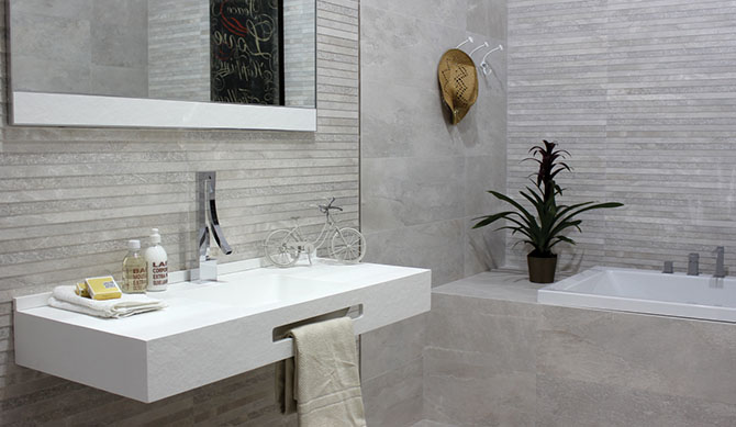 Bathroom setting with neutral toned Nature tiles.
