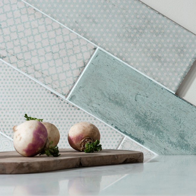 Patterned kitchen wall