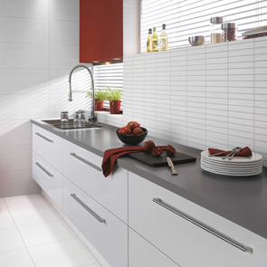 Elegant White Scored Matt Tile - 400x250mm